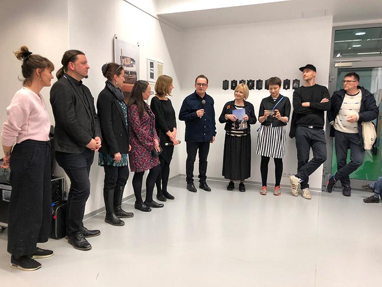 Stefan Paruch eröffnet die Ausstellung.